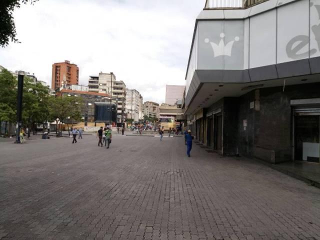 Foto: los negocios de Sabana Grande se mantuvieron cerrados / Cortesía