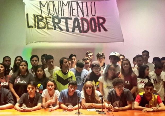 Rafaela Requesens junto a los integrantes del Movimiento Libertador / Foto @RRequesens