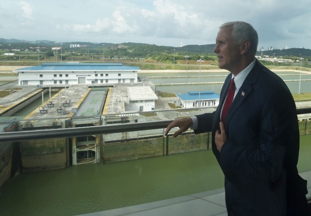US' Vice President Mike Pence is pictured during his visit to the Panama Canal's Cocoli locks, in Panama City on August 17, 2017.  Pence is in a one-day visit to Panama as part of his first tour in Latin America. / AFP PHOTO / RODRIGO ARANGUA