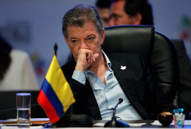 Imagen de archivo. El presidente de Colombia, Juan Manuel Santos, durante una cumbre de la Alianza del Pacífico en Cali, Colombia. 30 de junio de 2017. REUTERS/Jaime Saldarriaga
