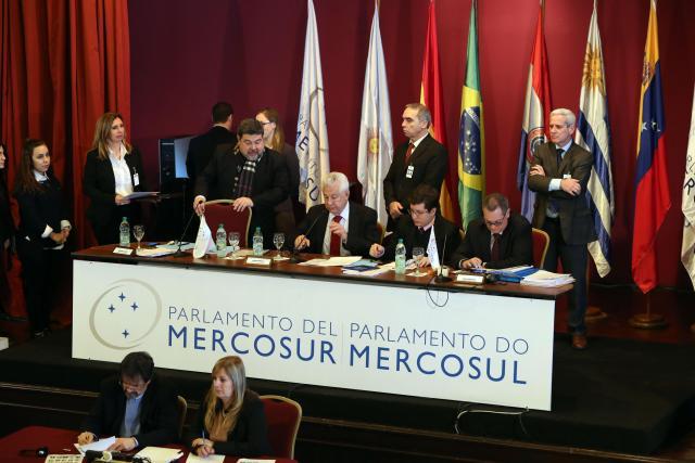 Bloque Integración Democrática de Mercosur repudia violación de inmunidad a diputados venezolanos