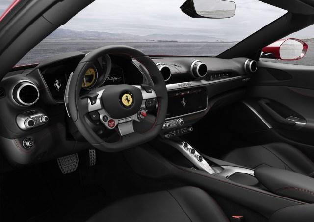 Ferrari-Portofino (4)