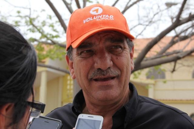 El candidato a Gobernador, Luis Stefanelli