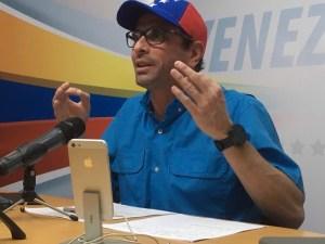 Capriles: Gobierno debe pagar cerca de tres mil millones de dólares para no caer en default