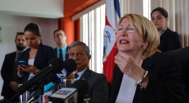 El fiscal general, Jorge Chavarría, en conferencia de prensa con la exfiscala de Venezuela, Luisa Ortega Díaz. (MAYELA LÓPEZ / Nación)