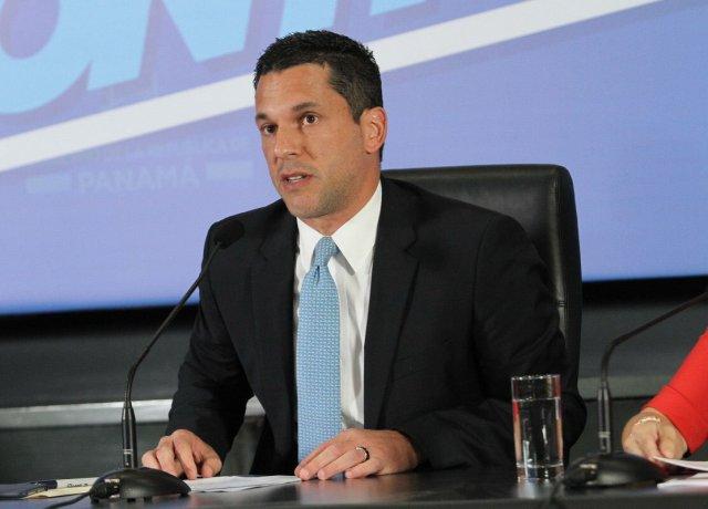 El vicecanciller de Panamá, Luis Miguel Hincapie