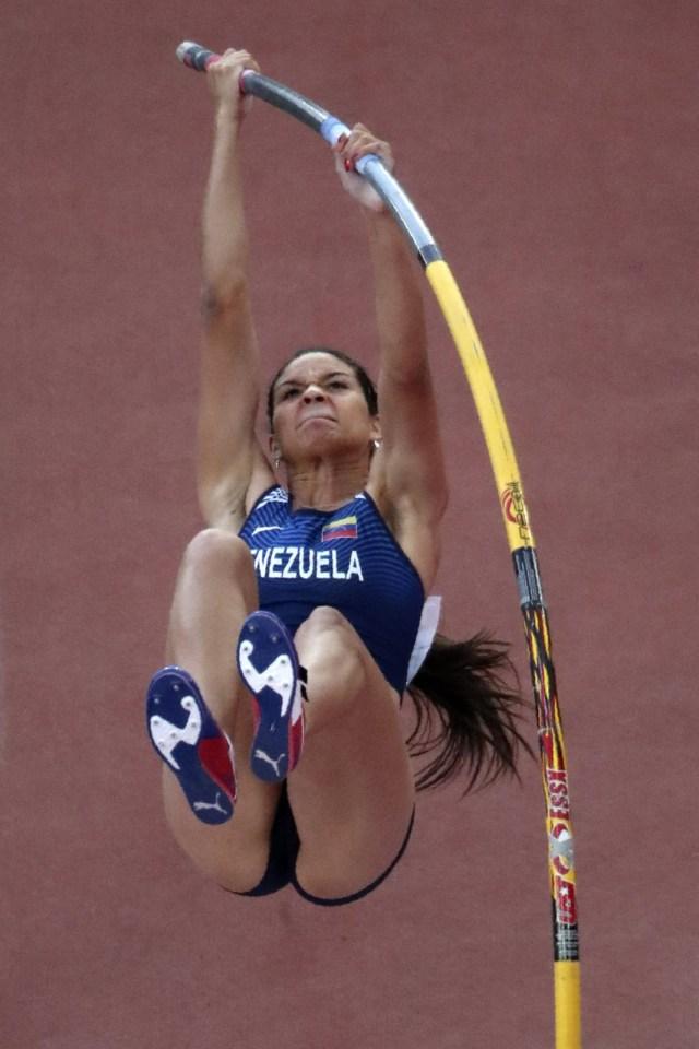 Athletics - World Athletics Championships – women's pole vault final – London Stadium, London, Britain – August 6, 2017 –  Robeilys Peinado of Venezuela competes. REUTERS/Kevin Coombs
