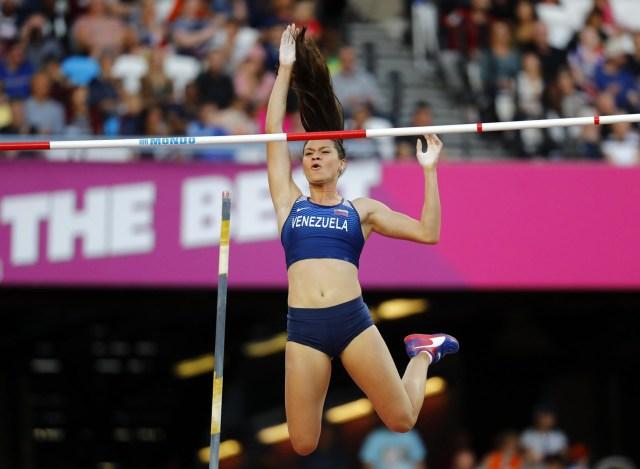 Athletics - World Athletics Championships – women's pole vault final – London Stadium, London, Britain – August 6, 2017 –  Robeilys Peinado of Venezuela competes. REUTERS/Kai Pfaffenbach