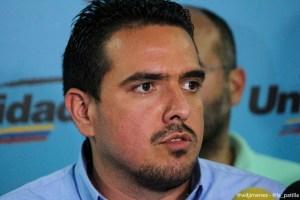 Stalin González: Reestructuración de la deuda externa debe ser aprobada por la AN