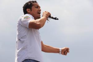 Villca Fernández denuncia campaña sucia de Jehyson Guzmán en Mérida