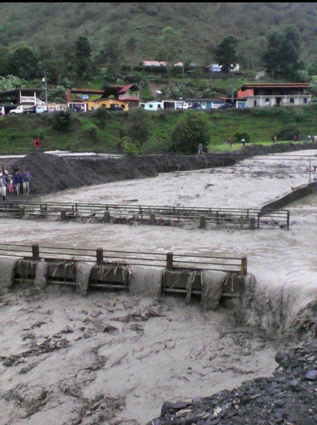 Inundaciones en Canagua, estado Mérida // FOTO @galindojorgemij