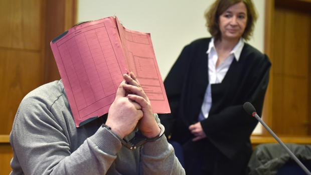 El enfermero Niels Högel, ante el tribunal en 2015 - AFP