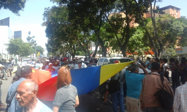 Foto: Protestan frente al Ministerio Público de Lara para rechazar detención de alcalde Alfredo Ramos / Cortesía