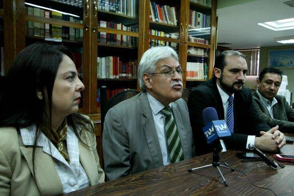 Junta directiva del Colegio de Abogados del Táchira rechaza despido masivo de fiscales del MP. Foto: Omar Hernandez