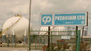Jamaica sigue adelante en su intención de recomprar las acciones de Pdvsa en PetroJam