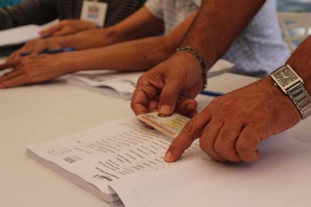 Cuaderno electoral para elecciones primarias de la MUD // FOTO: Will Jiménez -La Patilla