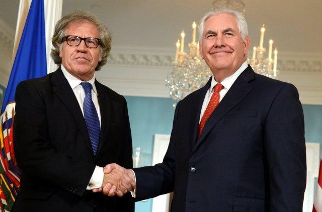 El secretario de Estado de EEUU, Rex Tillerson, junto al secretario general de la OEA, Luis Almagro. REUTERS/Mike Theiler