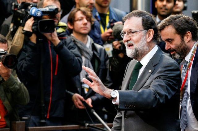 Spain's Prime Minister Mariano Rajoy arrives at a European Union leaders summit in Brussels, Belgium October 20, 2017. REUTERS/Geoffroy Van Der Hasselt NORESALES. NO ARCHIVES