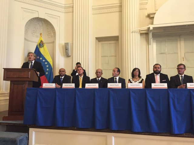 Almagro celebra inicio del año judicial de magistrados del Tribunal Supremo de Justicia designados por la Asamblea Nacional / Foto: Warner Jiménez