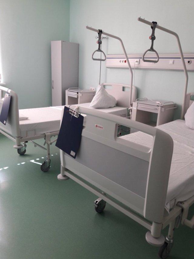 Camillas de centro de salud en Rusia, donde fue atendido Miguel Pérez Pirela