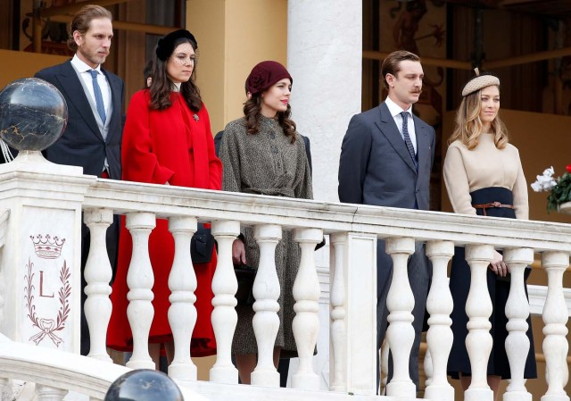 Andrea Casiraghi, his wife Tatiana, Charlotte Casiraghi, Pierre Casiraghi and his wife Beatrice attend the celebrations marking Monaco's National Day at the Monaco Palace, in Monaco, November 19, 2017. REUTERS/Sebastien Nogier/Pool