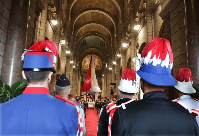 Prince Albert's II carabiniers attend a mass at the Saint Nicholas Cathedral during the celebrations marking Monaco's National Day in Monaco, November 19, 2017. REUTERS/Eric Gaillard