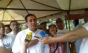 Darwin González saluda declinación de Fernández y llama a la Unidad en Baruta