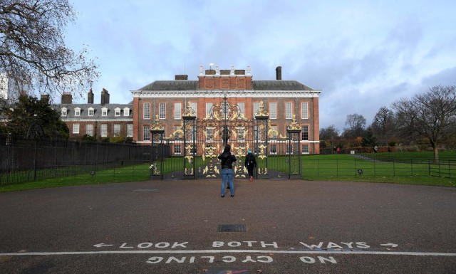Britain's Kensington Palace, where Prince Harry and his fiance Meghan Markle will live when they are married, is seen in London, Britain, November 27, 2017. REUTERS/Toby Melville