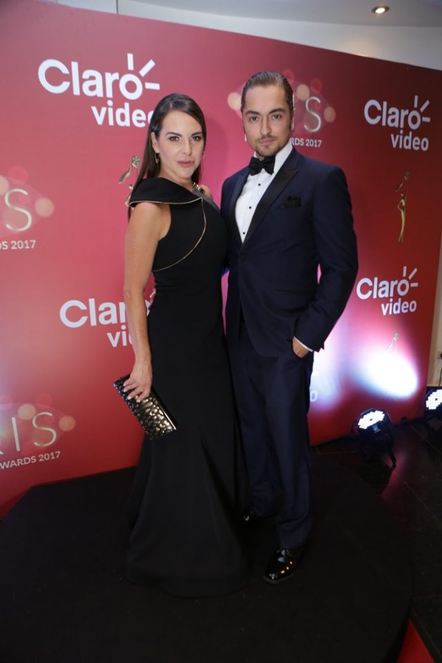 Foto: La actriz Kate del Castillo junto al actor venezolano Alec Whaite / bufeo.do