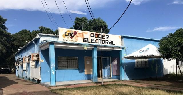 La oficina electoral regional del estado de Bolívar, donde la oposición dice que los votos fraudulentos se registraron manualmente en el sistema. FOTO: ANATOLY KURMANAEV / THE WALL STREET JOURNAL