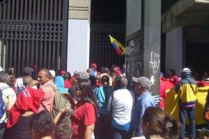 Extrabajadores de peajes exigen a Minfra ser reenganchados