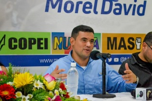 Morel David Rodríguez exhortó a los otros candidatos de oposición a sentarse y evitar la división