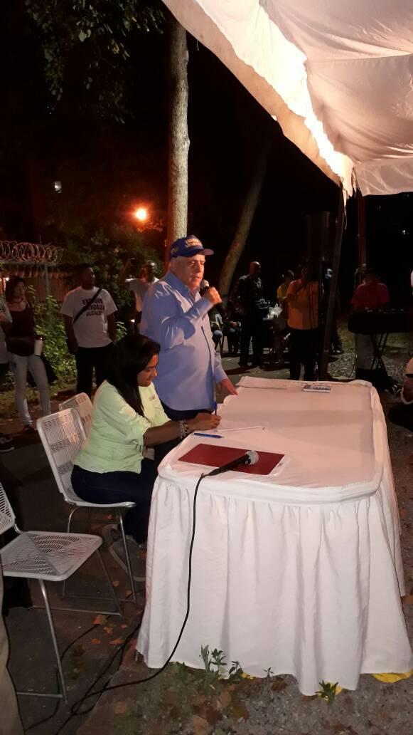Enrique Mendoza. Acuerdo del Triunfo. 231117