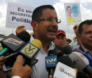 Diputado Ángel Álvarez Gil: Maduro impulsa e impone el colapso financiero como política de Estado