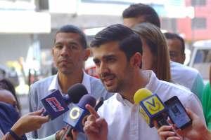 Robert García defenderá preferencia de vecinos en la compra de productos en automercados