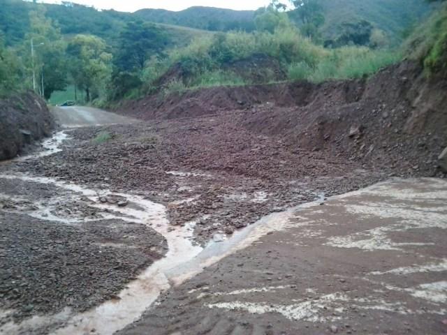Deslizamiento de tierra en la vía La Grita-Mérida // Foto @galindojorgemij