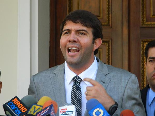 Carlos Prosperi (AD).