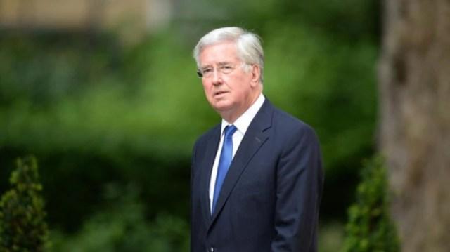 Michael Fallon presentó su renuncia tras una denuncia de acoso sexual (Foto: AFP)