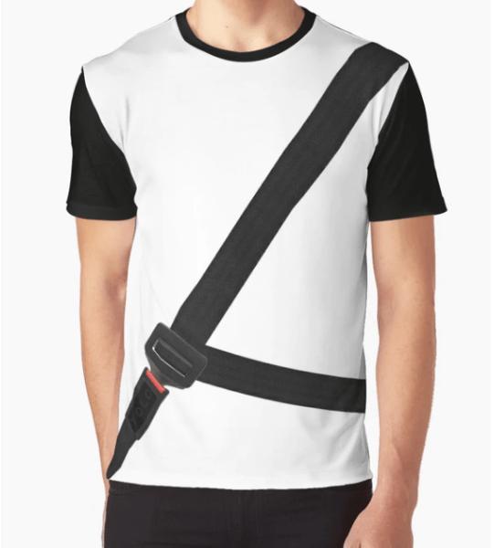 Otro de los modelos de la camiseta antimulta que circula por las páginas de venta online. Infobae
