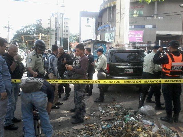 Tiroteo entre antisociales y funcionarios de la Policía de Caracas en La India - Foto: Lysaura Fuentes