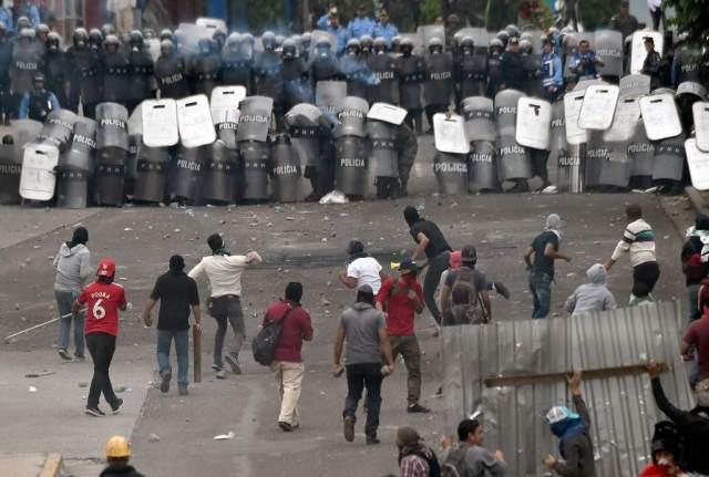 """El Comisionado de los Derechos Humanos en Honduras indicó que las protestas violentas """"ponen en riesgo la vida y la integridad física de las personas y la seguridad de los bienes"""". Foto archivo"""