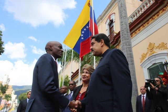 El presidente Nicolás Maduro, junto a su homólogo de Haití (Foto: @PresidencialVen)