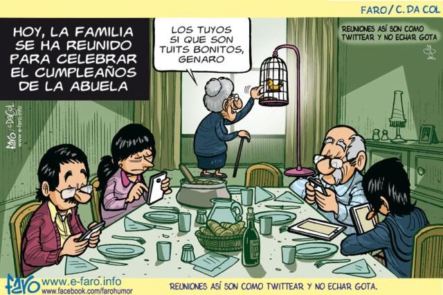 140422.FB_.abuela.tuit_.tweet_.canario.comido.mesa_.familia.moviles.adiccion1