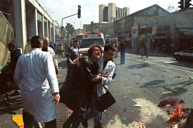 La situación después de que un atacante suicida palestino se hizo estallar en Jerusalén oriental en 2001 Credit Getty Images