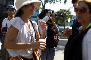 ¿Récord de delincuencia? ¡No hay problema! Turistas recorren espacios en la violenta Caracas (fotos)