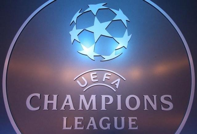 En la imagen de archivo, el logo de la UEFA en el sorteo de la Liga de Campeones en Mónaco. REUTERS/Eric Gaillard/File Photo