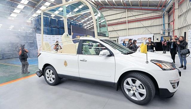 Los vehículos, ya utilizados en Colombia, son camionetas Chevrolet modelo Traverse con motores de V6 de 3.6 litros y 281 caballos de potencia. (Rolly Reyna/El Comercio)
