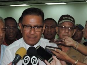 Juan Carlos Fernández promete crear en Maracaibo organismo de protección  para la tercera edad