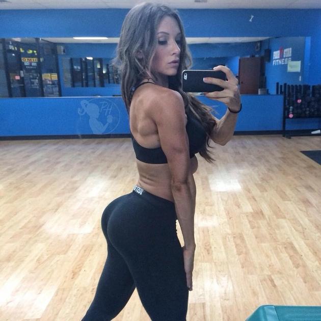 Girls-in-Yoga-Pants-9-24_00017