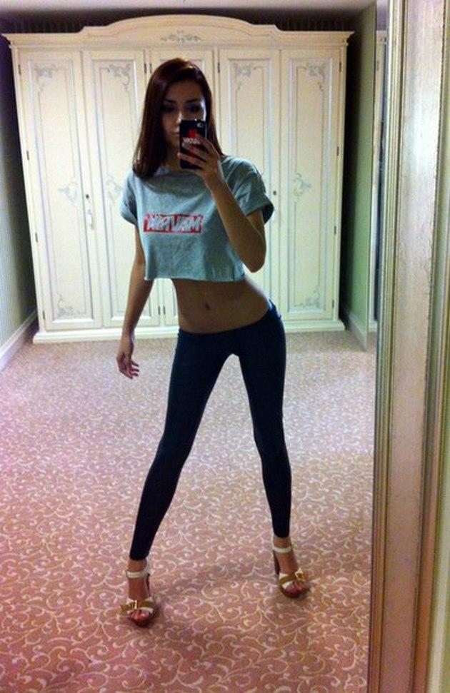 Girls-in-Yoga-Pants-9-24_00020